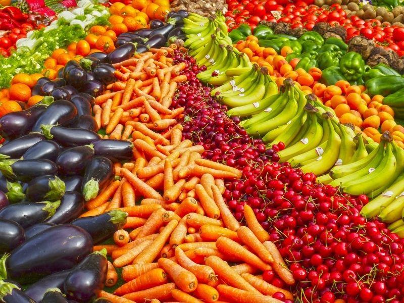 Alcuni alimenti sono indicati per le loro proprietà, assumiamoli per non rendere vani i nostri sforzi per avere un'abbronzatura perfetta!
